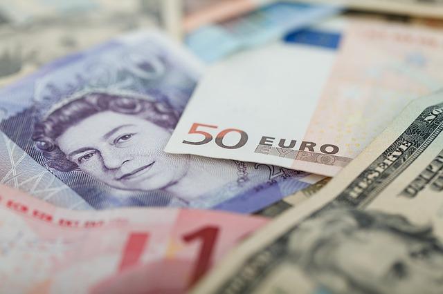 Monetizing international affiliate comissions