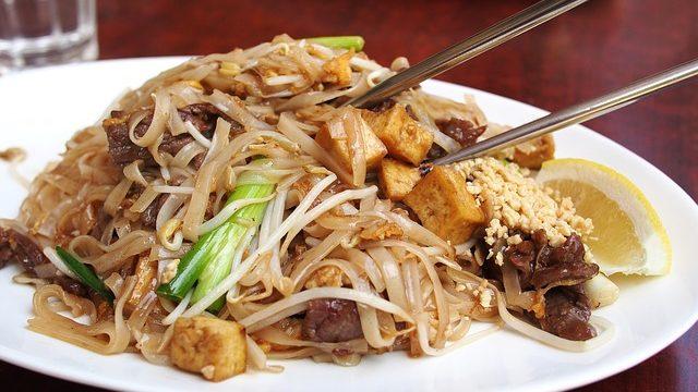 thai-food-518035_640